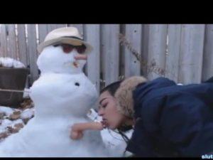 Canadian Teen Fucks Snowman