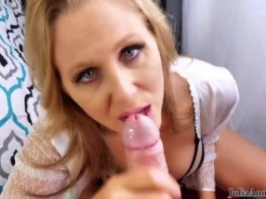 Curvy Cunt MILF Julia Ann Gives Blowjob And Takes Big Cock!