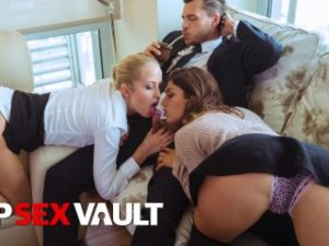 LOSCONSOLADORES – MARRIED COUPLE HAS HOT FFM THREESOME SEX WITH HOT BABE JULIA ROCA – VIPSEXVAULT
