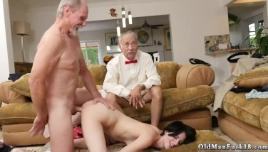 Mom seduces anal xxx Frannkie heads down