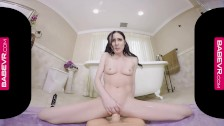 BaBeVRcom Squirting Hottie Aiden Ashley Simulates Sex With You
