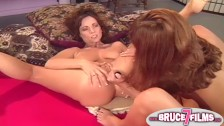 Pussy eating 90s lesbian