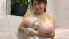Teen with giant big tits posing on webcam her massive boobs