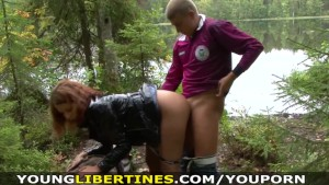 Young Libertines – She loves picnics with her boyfriend